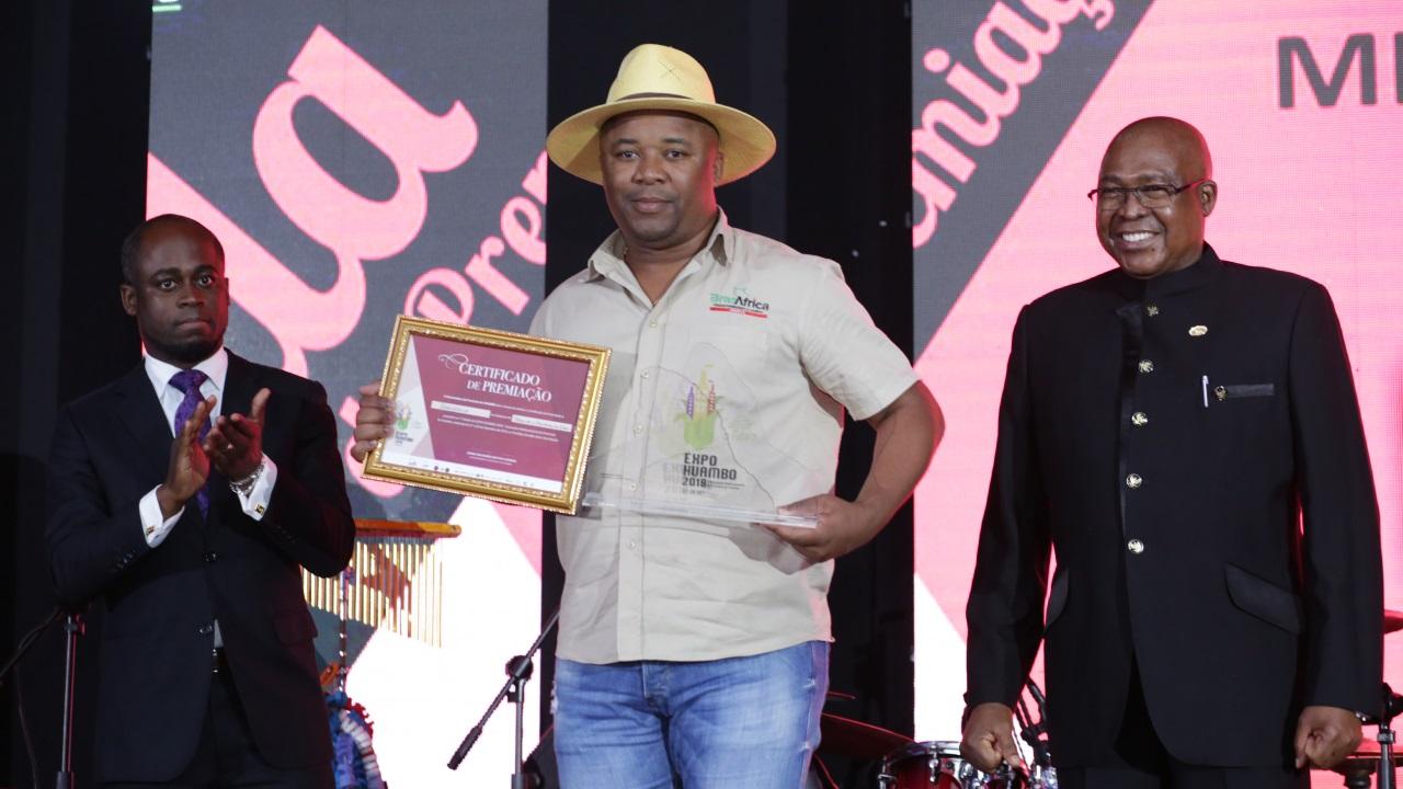 Categoria Máquinas e Equipamentos Agricolas - Vencedor BRASAFRICA